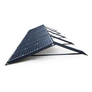 100W 18V lichtgewicht mobiel zonnepaneel Mobisun schuin uitgeklapt